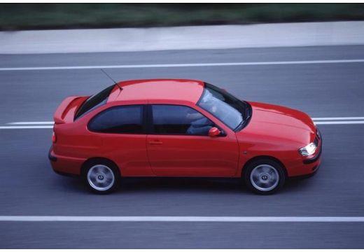 SEAT Cordoba II sedan czerwony jasny boczny prawy