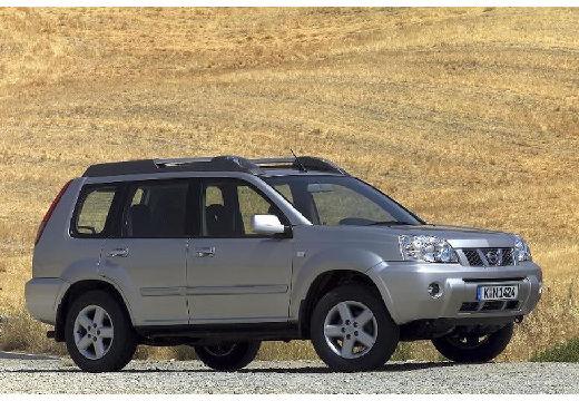 NISSAN X-Trail I kombi silver grey przedni prawy