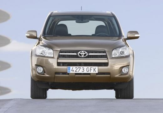 Toyota RAV4 V kombi beige przedni