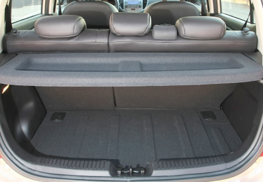 HYUNDAI i10 II hatchback przestrzeń załadunkowa