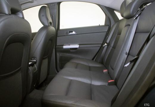 VOLVO S40 V sedan wnętrze