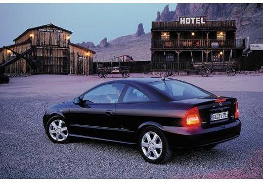 OPEL Astra coupe czarny tylny lewy