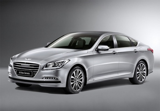 HYUNDAI Genesis sedan silver grey