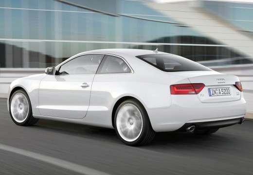 AUDI A5 coupe silver grey tylny lewy