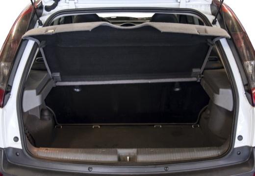 OPEL Corsa C II hatchback biały przestrzeń załadunkowa