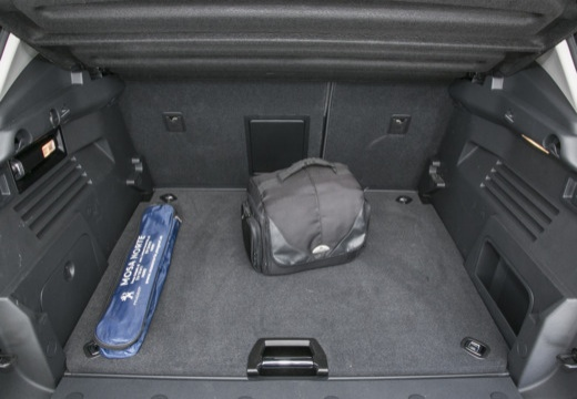 PEUGEOT 3008 II hatchback przestrzeń załadunkowa
