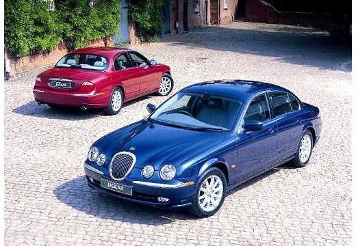 JAGUAR S-Type sedan