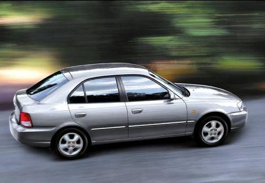 HYUNDAI Accent II hatchback silver grey boczny prawy