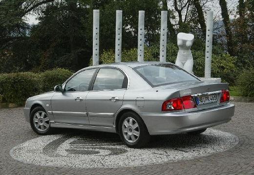 KIA Magentis sedan silver grey tylny lewy