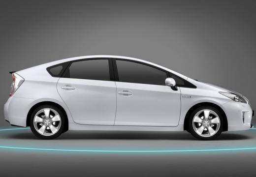 Toyota Prius III hatchback biały boczny prawy