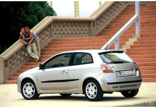 FIAT Stilo II hatchback silver grey tylny lewy