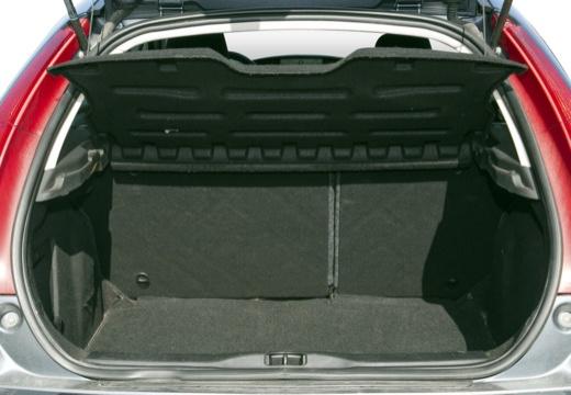 CITROEN C4 I hatchback przestrzeń załadunkowa