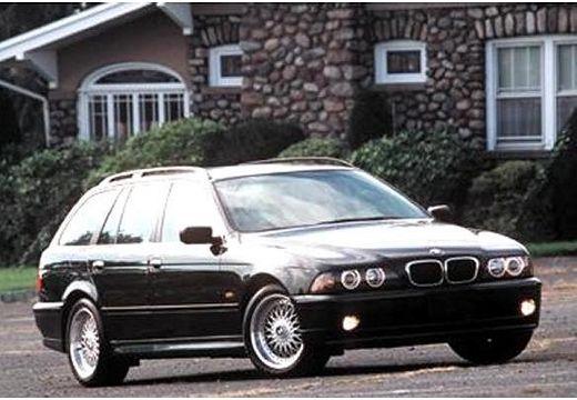 BMW Seria 5 Touring E39/4 kombi czarny przedni prawy