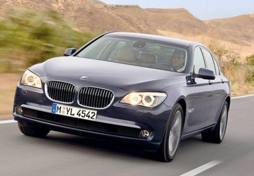 BMW Seria 7 sedan czarny przedni lewy