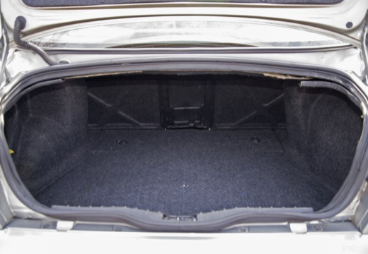ALFA ROMEO 156 III sedan przestrzeń załadunkowa
