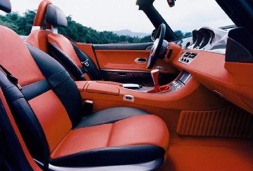 BMW Z8 roadster wnętrze