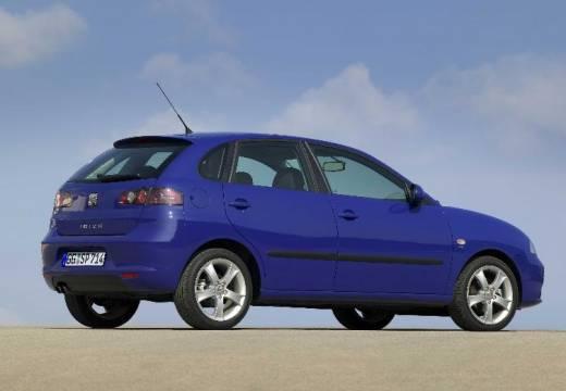 SEAT Ibiza IV hatchback niebieski jasny tylny prawy