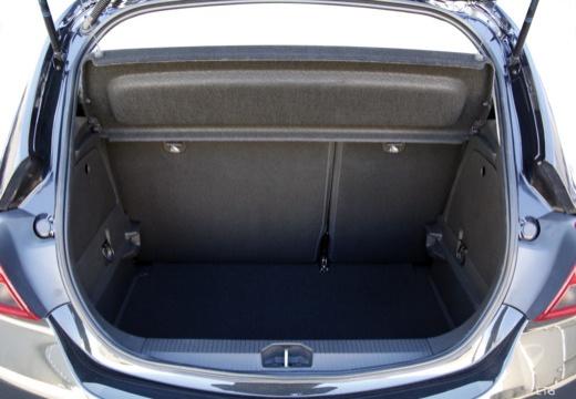 OPEL Corsa E hatchback czarny przestrzeń załadunkowa