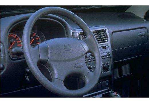 SEAT Ibiza II hatchback tablica rozdzielcza