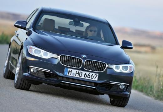 BMW Seria 3 F30 sedan
