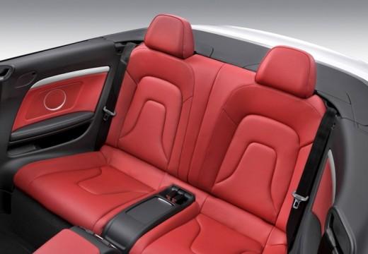 AUDI A5 kabriolet biały wnętrze
