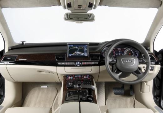 AUDI A8 D4 II sedan tablica rozdzielcza