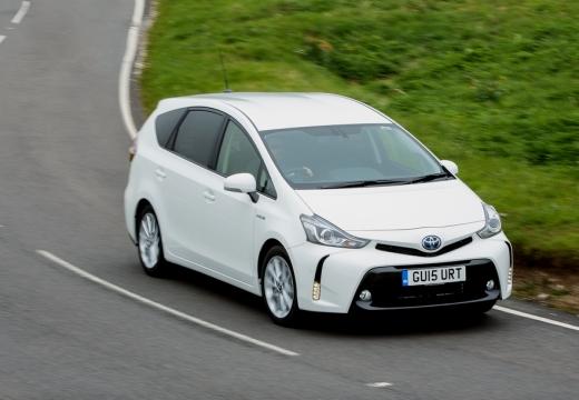 Toyota Prius kombi biały górny przedni