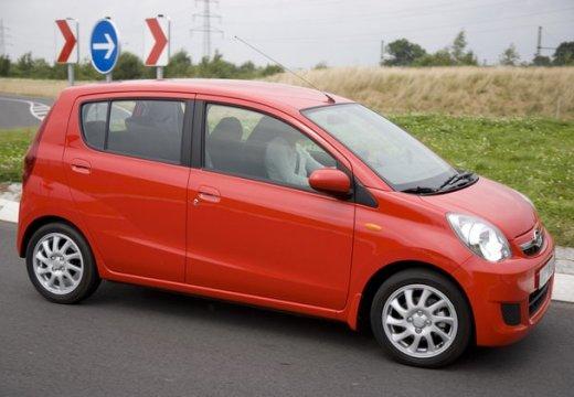 DAIHATSU Cuore VII hatchback pomarańczowy przedni prawy