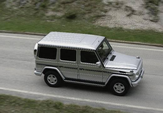 MERCEDES-BENZ Klasa G 463 III soft top silver grey przedni prawy