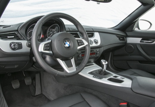 bmw z4 35is sdrive roadster e89 i 3 0 340km 2010. Black Bedroom Furniture Sets. Home Design Ideas