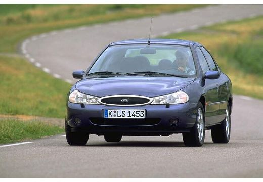 FORD Mondeo sedan przedni lewy