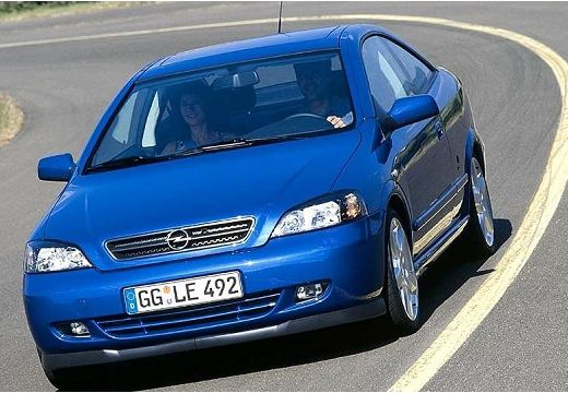 OPEL Astra II Bertone coupe niebieski jasny przedni lewy