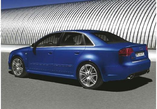 AUDI A4 8E II sedan niebieski jasny tylny lewy