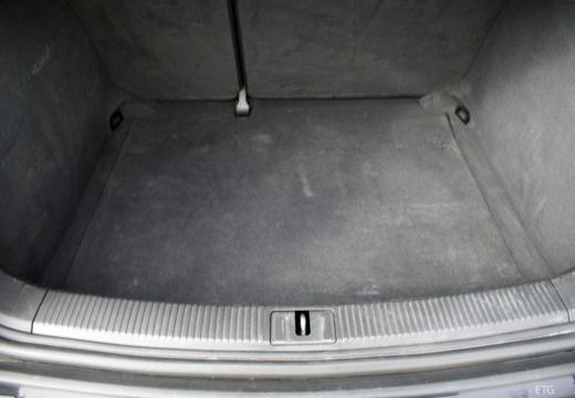 AUDI A3 8P II hatchback przestrzeń załadunkowa