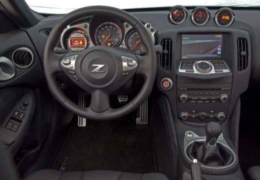 NISSAN 370 Z roadster tablica rozdzielcza