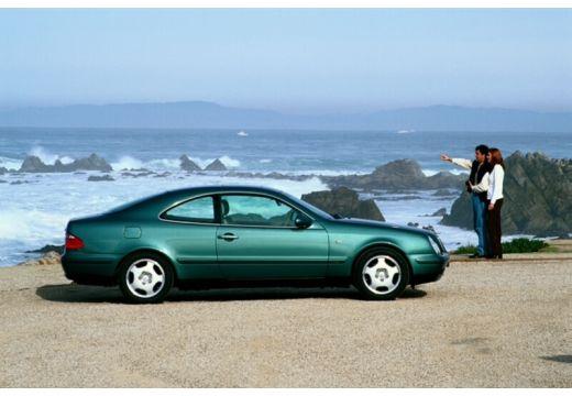 MERCEDES-BENZ Klasa CLK CLK C 208 coupe zielony boczny prawy