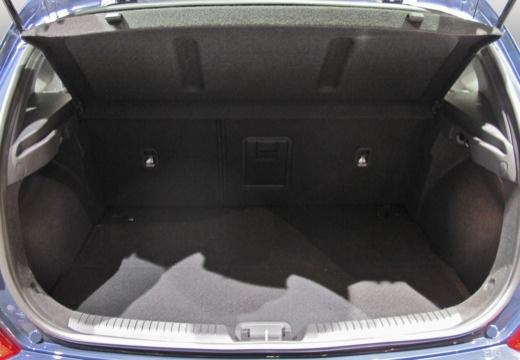 HYUNDAI i30 V hatchback przestrzeń załadunkowa