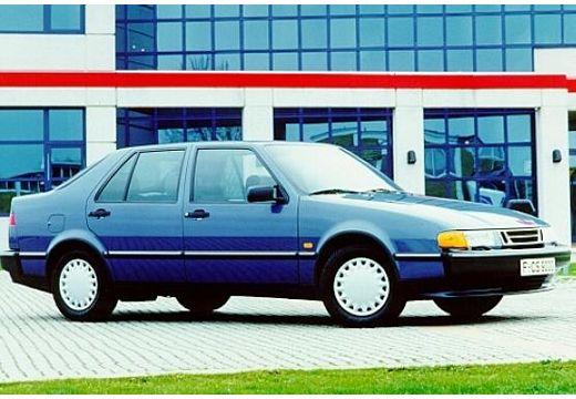 SAAB 9000 hatchback niebieski jasny przedni prawy