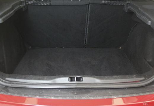 CITROEN C4 II hatchback przestrzeń załadunkowa