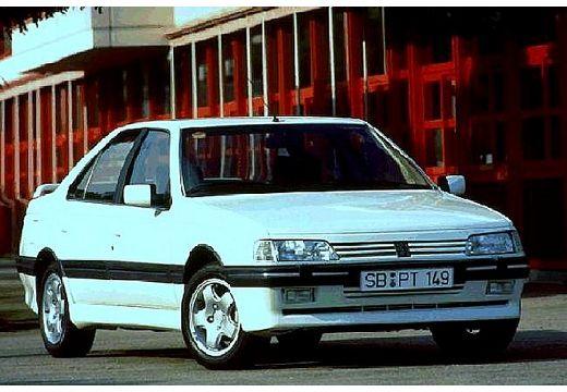 PEUGEOT 405 sedan biały przedni prawy
