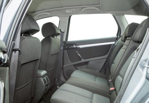 PEUGEOT 407 SW II kombi silver grey wnętrze