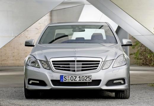 MERCEDES-BENZ Klasa E W 212 I sedan silver grey przedni