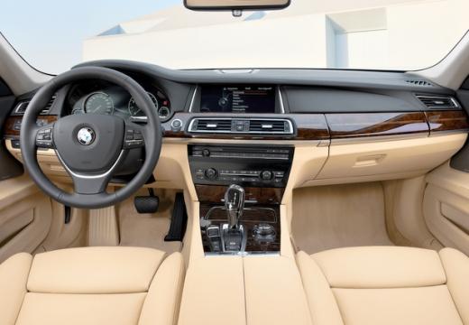 BMW Seria 7 F01 F02 II sedan tablica rozdzielcza