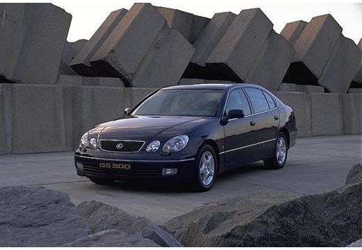 LEXUS GS sedan czarny przedni lewy