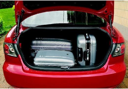 MAZDA 6 II hatchback czerwony jasny przestrzeń załadunkowa
