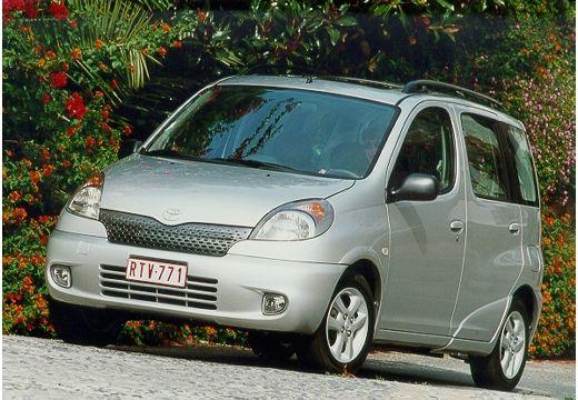 Toyota Yaris Verso I kombi silver grey przedni lewy