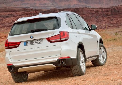 BMW X5 X 5 F15 kombi biały tylny prawy