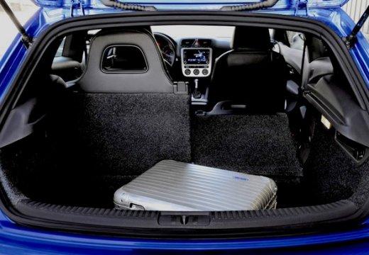 VOLKSWAGEN Scirocco III I coupe niebieski jasny przestrzeń załadunkowa