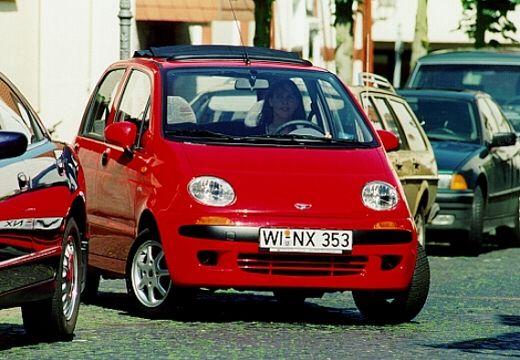 DAEWOO / FSO Matiz I hatchback czerwony jasny przedni prawy