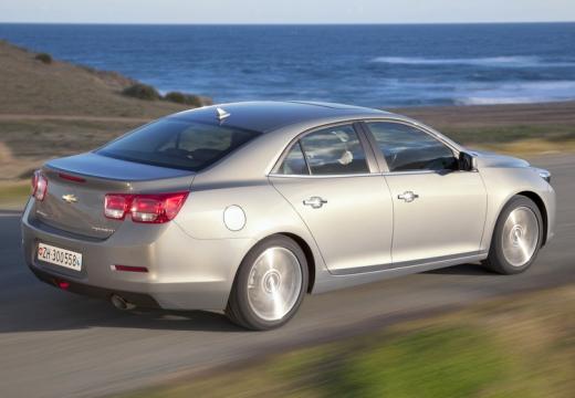 CHEVROLET Malibu sedan silver grey tylny prawy